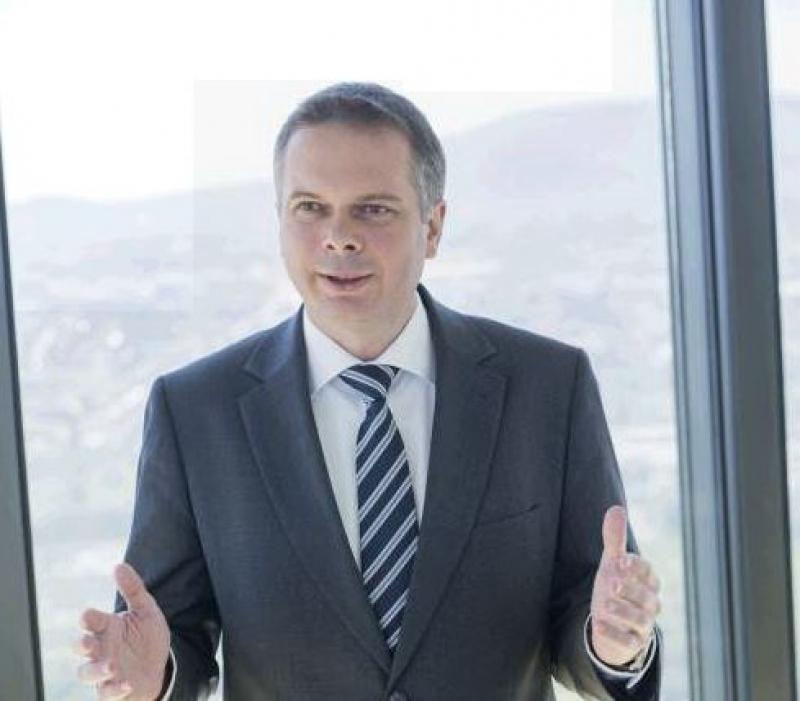 Wolfgang Idl